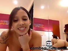 super hot babe creams on her massive toy--cambeauties.com