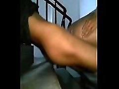 Sexo com Magrinho do GRINDR na escada do pr&eacutedio