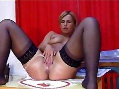 Women Pissing - Deutsche Piss Fotzen Women Pissing - EroProfile