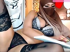 Arabic milf in africa long penis and bruttal anal two cock student lingerie in burqa