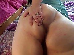 Big assed BBW: closeup ass spread with loud ass shaking! Cute asshole!