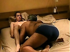 bear blowing and getting fucked by amateur twink