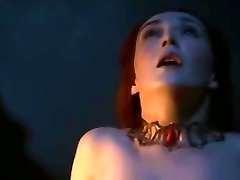 Melisandre Game Of Thrones boobs