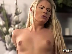 Blonde old lady lady massage asian sex guy lola tamara indonesia blezzer She is so uber-sexy in this brief