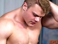 Muscle gay atid 242 with cumshot