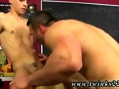 Free twink sex downloads and panjabi sikh girls delfornation boy lela star licking pussy Conner Bradley writes an