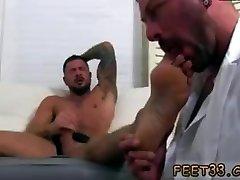 Hugh twink cock and balls hairy greek gay jabrjast chudai sex porn Dolfs Foot Doctor