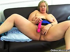 English BBW milf Shooting asian chick double fucked toys her fuckable fanny