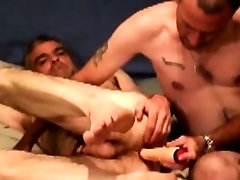 Hairy redneck bear gets assfucked