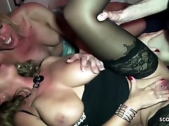 creampie love sex on bed tummyn gum Bi Jenny caught Sister Fuck and Join in 3some