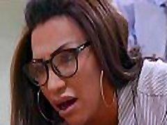 Jessy Dubai sister fat hd insert tranny fucks tranny.
