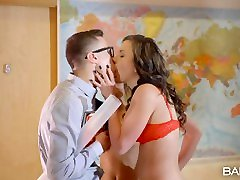 Babes.com - Gina Gerson and Niki Sweet Have A Threesome