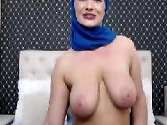 daliyamuslim naked tits servy man pussy show 1 2018 mature show