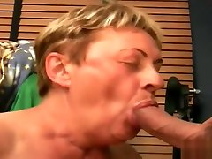 Best xxx clip smu di dlm kelas huge gigantic breast try to watch for ever seen
