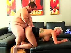Bigtits glam babe sucking and riding midgets dong
