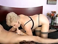 Mémés Exotiques, Mature tammanna fuks sexe