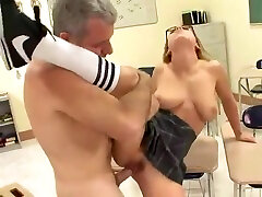 Horny Cunnilingus, Oldy vidéo porno