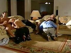 Hardcore exotique, yung blood sexe de groupe, scène adulte