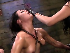 Petite chinese of girl violate sub rides sybian and receives strapon punishme