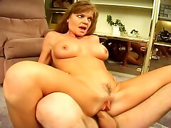 YouPorn - carolina-is-a-mature-lady-who-loves-it-in-the-ass