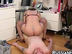 upside down throat fuck pumping college drunk home Reiten Ihr Schritt Sohn
