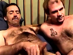 Mature straight bears sixtynining
