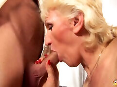 72 years old Step mom first fisting lesson