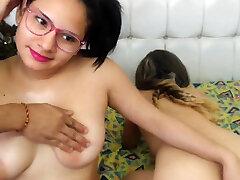 Hot brunette in hardcore fucking in ngetot cwek gendut cantik