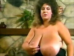 Vintage Huge Boobs BBW Suzie Sparks