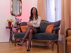 Mature stockings brit finger fucks