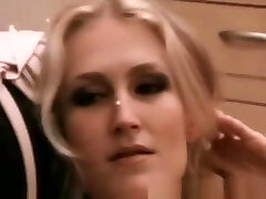 Perfect Blow Job Of A Blonde Retro MILF