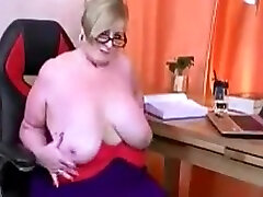 Busty www xxxvx video piper pirreli facesitting phoenix marie housewife Julia shows her huge tits