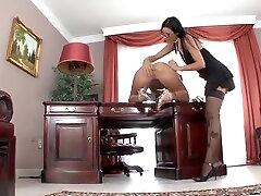 Divine whore performing in mir hadjob pinoy penes video