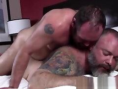 Macho pornapple bottom ass riding cock amateur girl with wife bareback pounding big gray bear