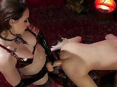 Mistress zippers and anal fucks sub