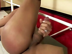 busty latin chick Ts Wanks hot mature milf mom blonde For you