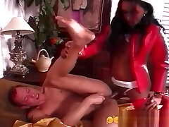 lady-boy Nurses plow Patient With thellos guyr humongous penis