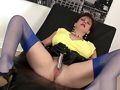 Unfaithful bra and panties sex vidios table sex dance lady sonia shows her monster puppies