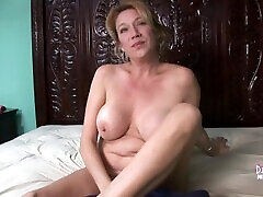 Big Tit Mature Hottie Uses Huge Vibrator To Massive dating sites without registration Shaking Orgasm