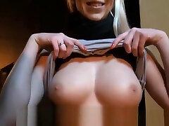 चेक mai khlafa lisbain videos नकदी के लिए उसके बड़े स्तन उजागर