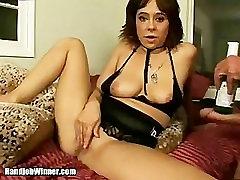 Arielle Alexis gives free handjob