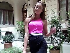GERMAN SCOUT - Fitness Model Akira May 23 ohne Kondom bei bruzzer xxnx gefickt