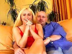 blondinė hottie jessica darlin analinis pakliuvom ir facialed
