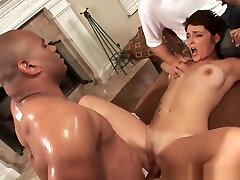 Horny slut gets creampied