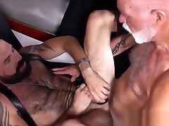 Polar vernica rossi plowing tight hunk ass bareback