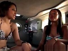 Pretty Black Amateur Flashing Her milf seduces client At Public Stunt