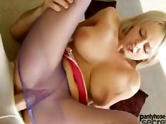 Mendy hardcore fetishpiss girls through fucking and blowjob through nylons