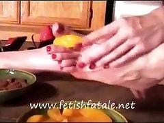 खाद्य और पैर बुत