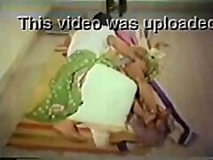 Telugu 36 yrs old married housewife aunty fucked by her illegal lover porn video - 2014, November, 23rd.