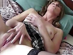 Mature mom with ebony black fucking porn mom teches sun cunt